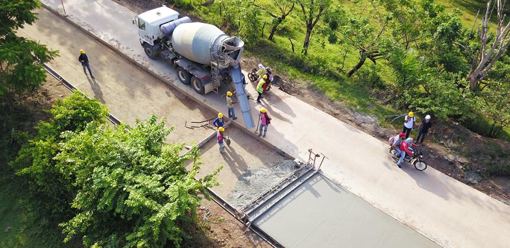 Avanza en un 70% el mejoramiento de la vía entre Puerto Libertador y Montelíbano, Córdoba