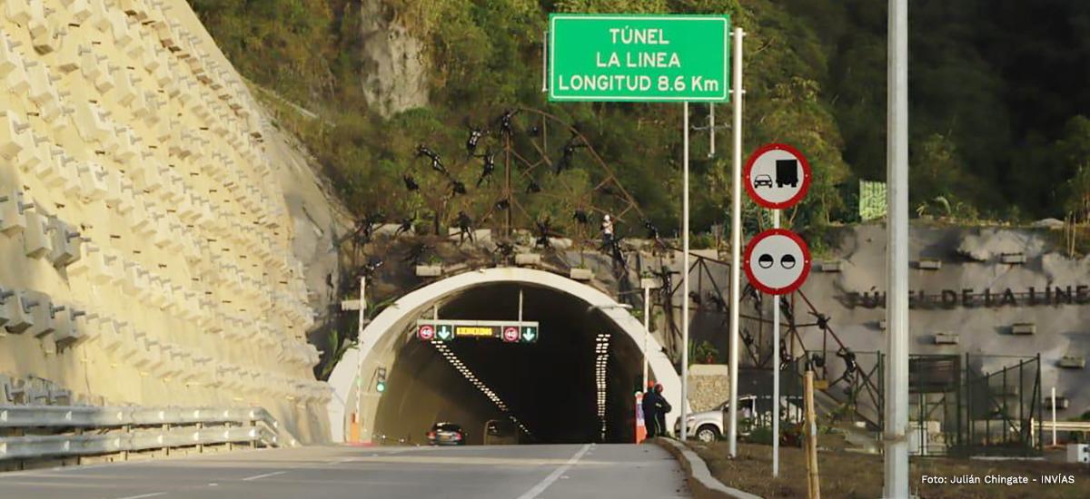 Fotografía entrada del túnel de La Línea.