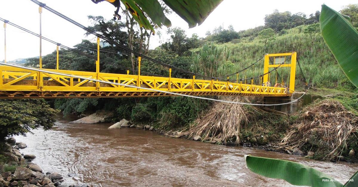 Fotografía del puente El Recuerdo en el municipio de Cajibio, Cauca.