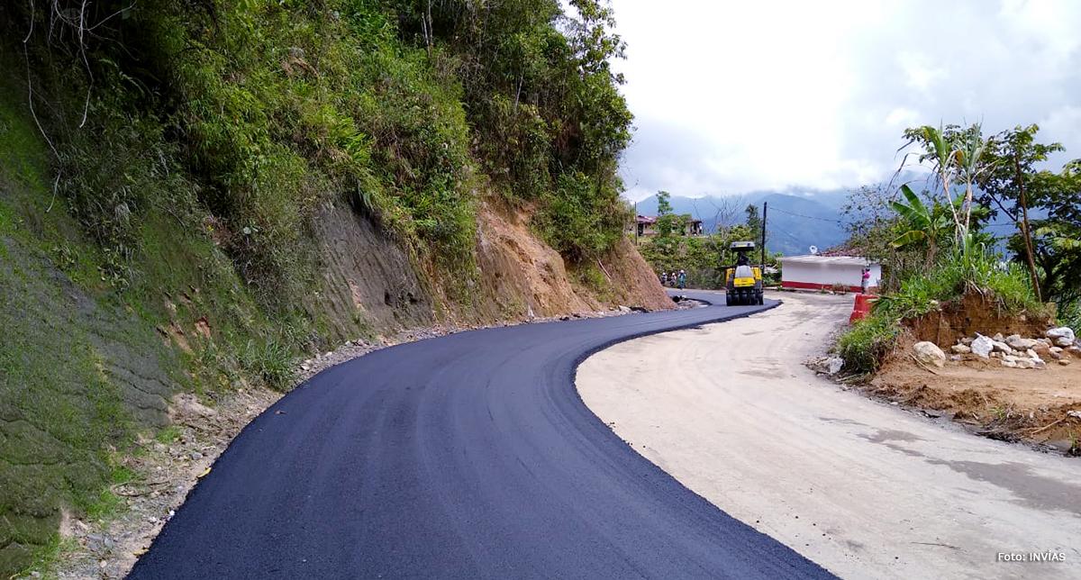 Fotografía de los trabajos en la vía Granada - San Carlos.