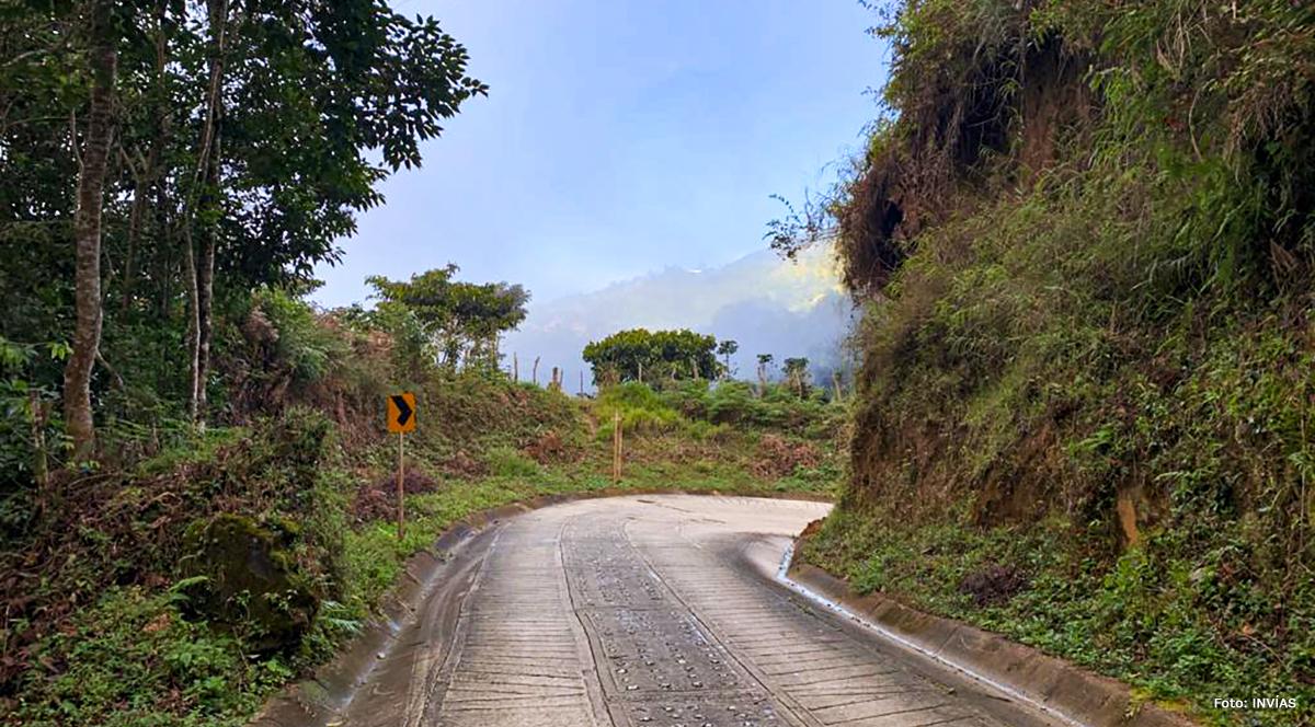 Fotografía de los 14 kilómetros de placa huella en la Sierra Nevada de Santa Marta.